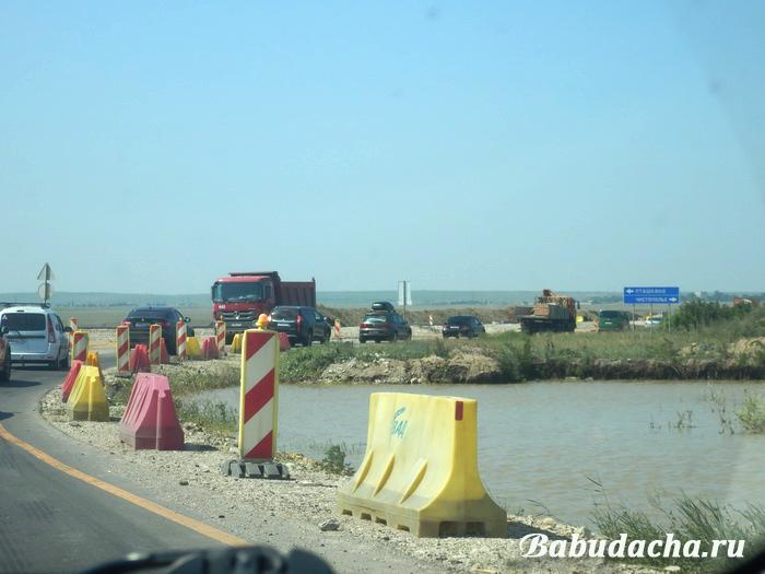Фото: Пробки после Крымского моста