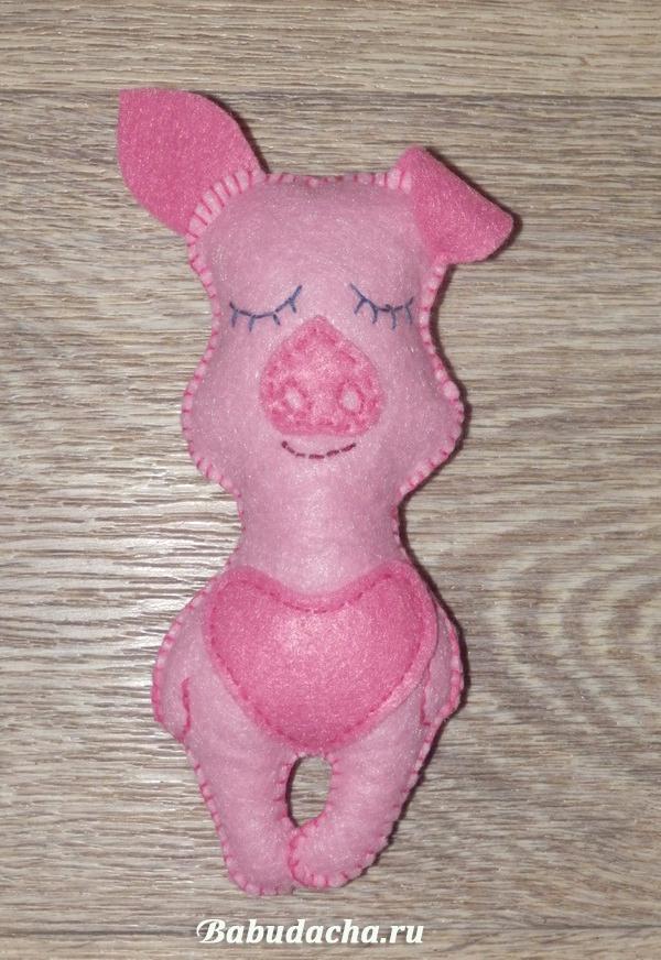 Оригинальные идеи игрушек Свинок на Новый год